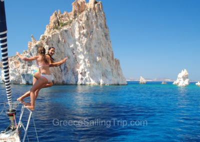 Jumpig in Poliegos island, Milos