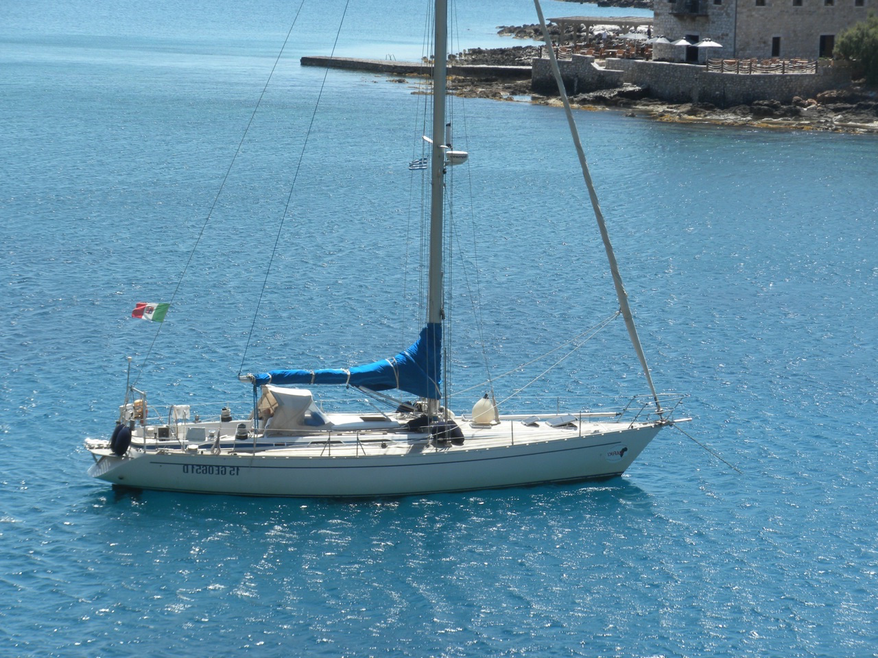 Grand Soleil 46 at anchor