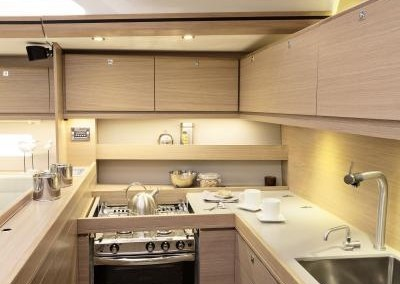 Dufour 560 Galley 2