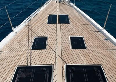 Dufour 560 teak Deck