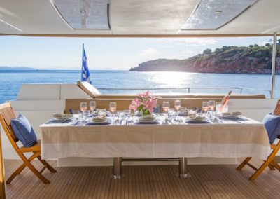 Fountaine-Pajot 57 dinner setup